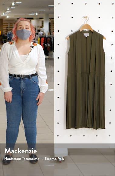 Pleated Sleeveless Long Jacket, sales video thumbnail
