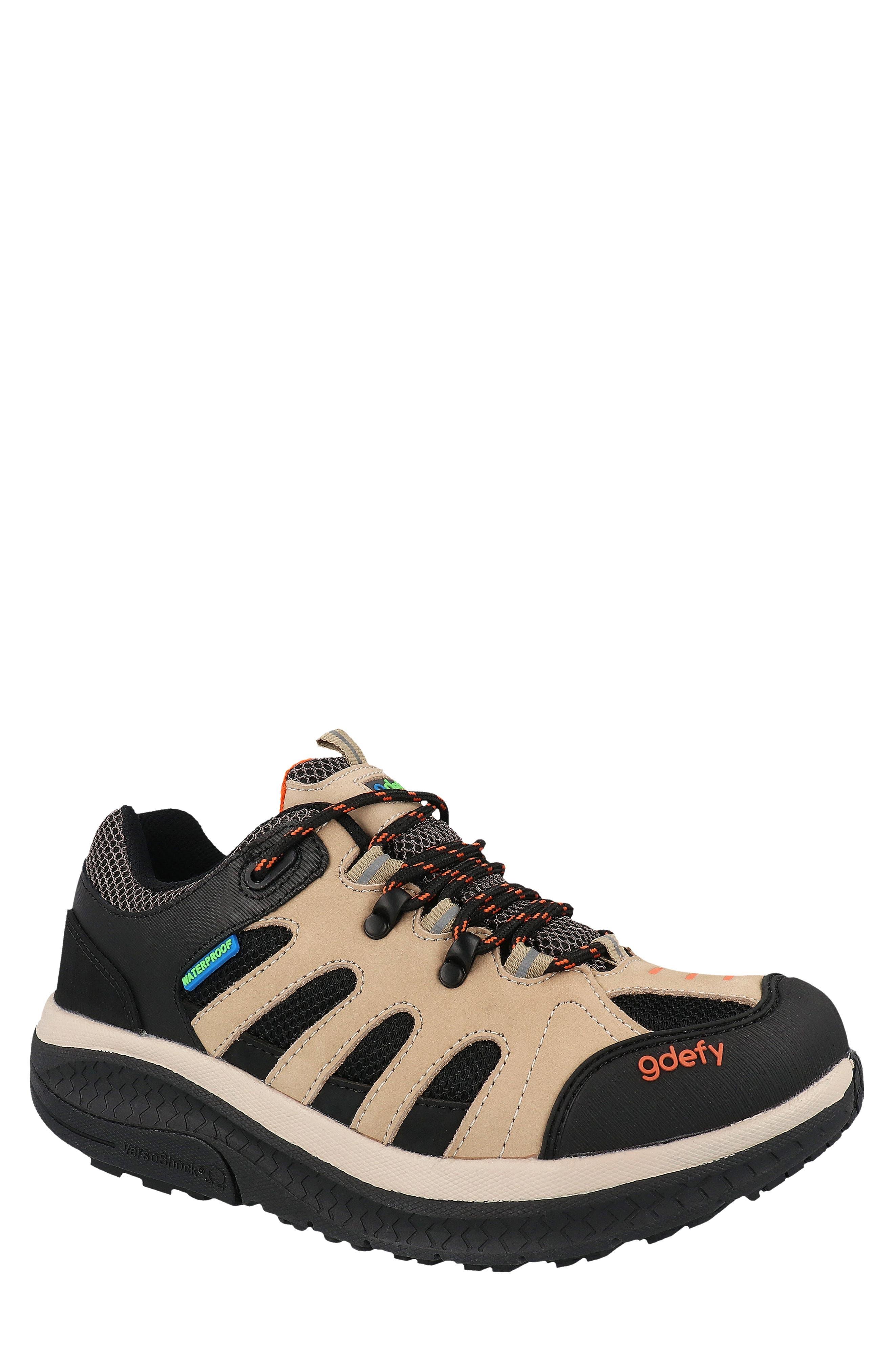 Radius Hiking Shoe