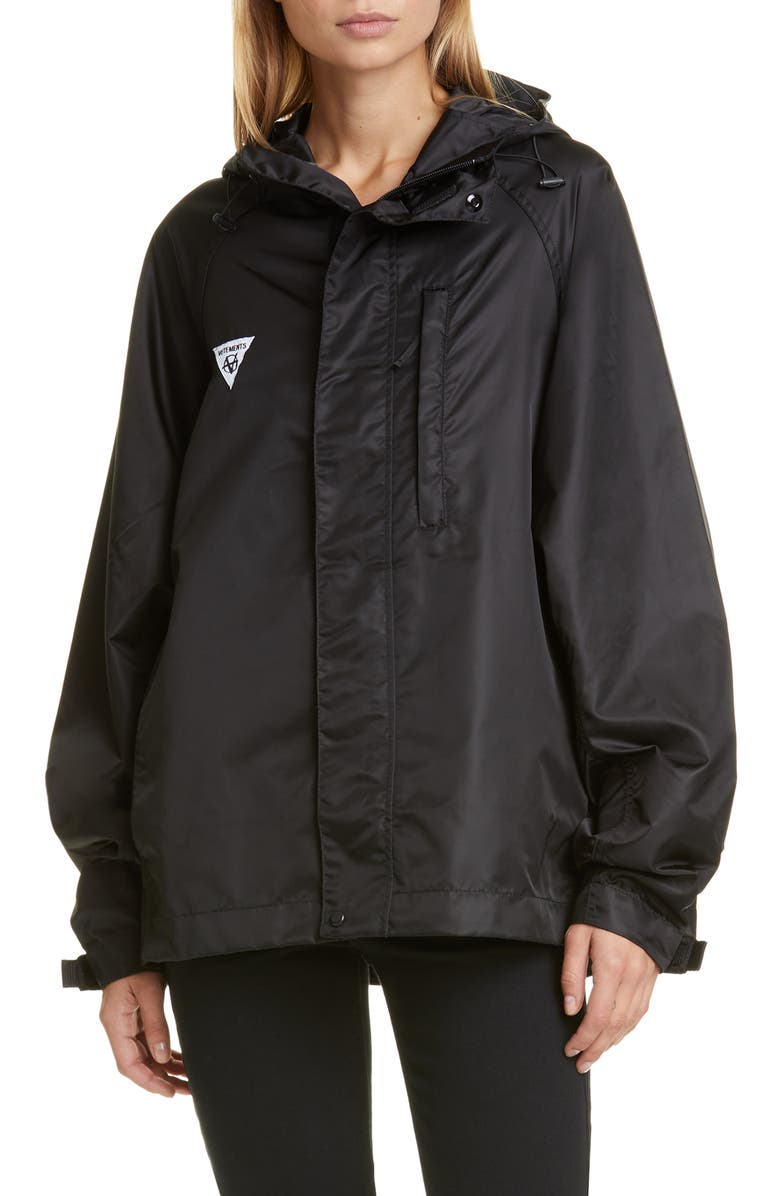 VETEMENTS Packable Belt Bag Nylon Windbreaker Jacket, Main, color, BLACK