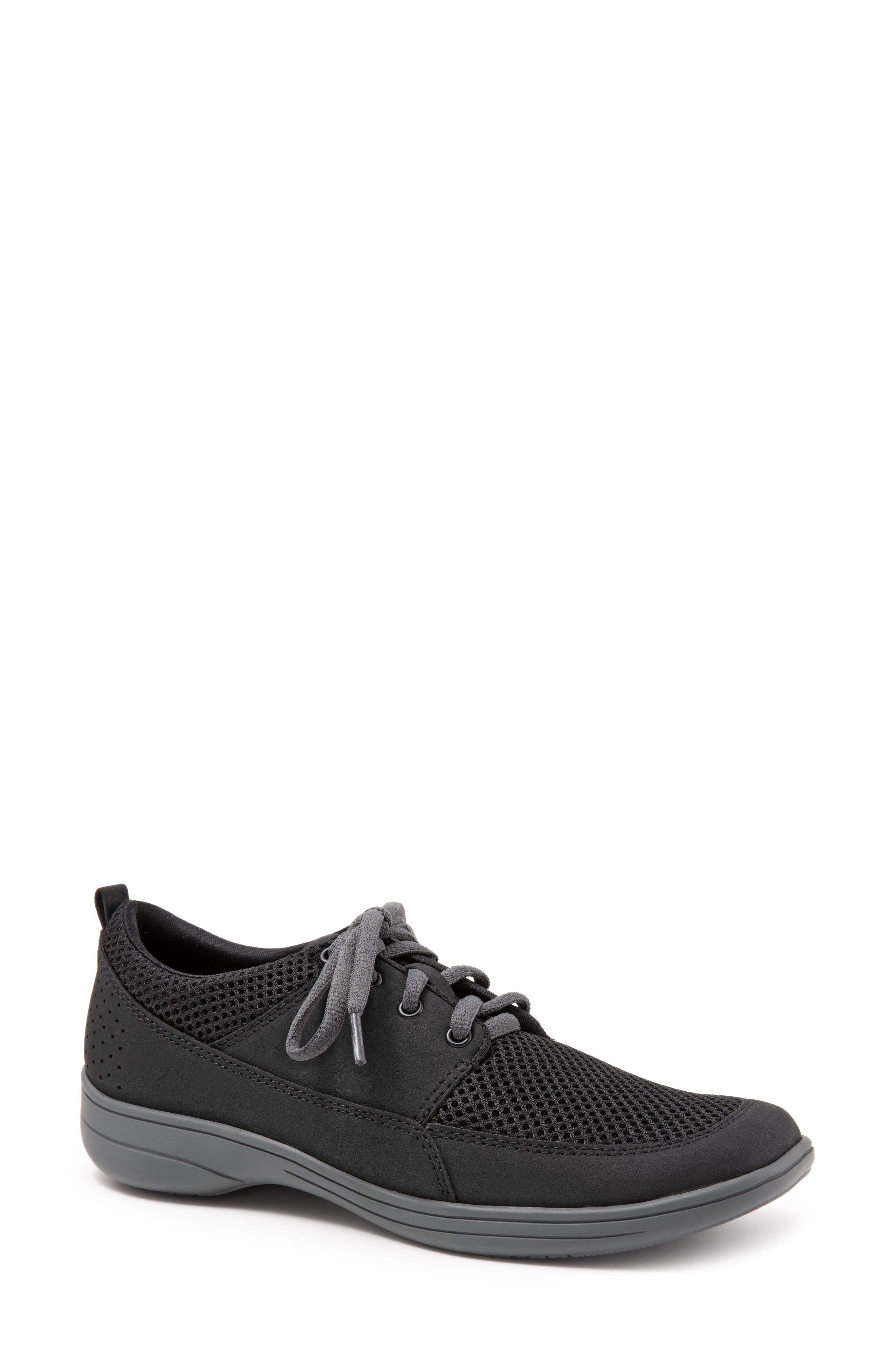 Trotters Jesse Sneaker, Black
