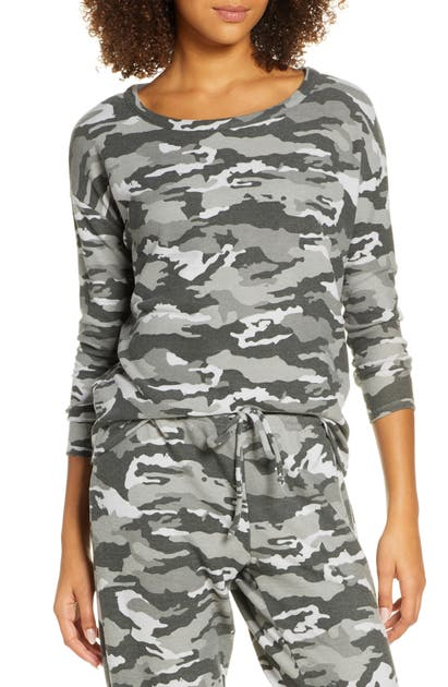 Chaser Tops CAMO COZY PULLOVER