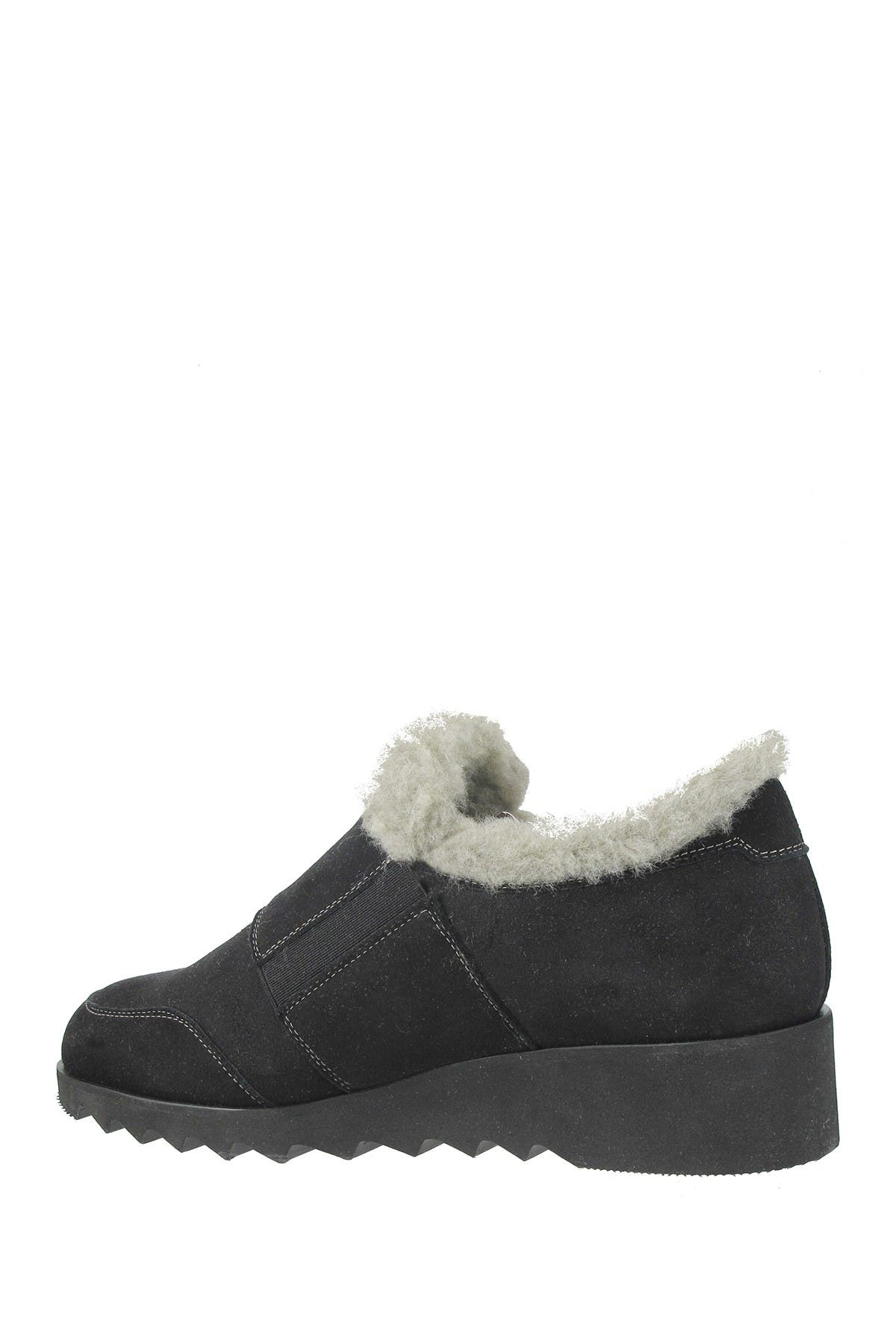 Image of RON WHITE Abileena Faux Shearling Wedge Loafer