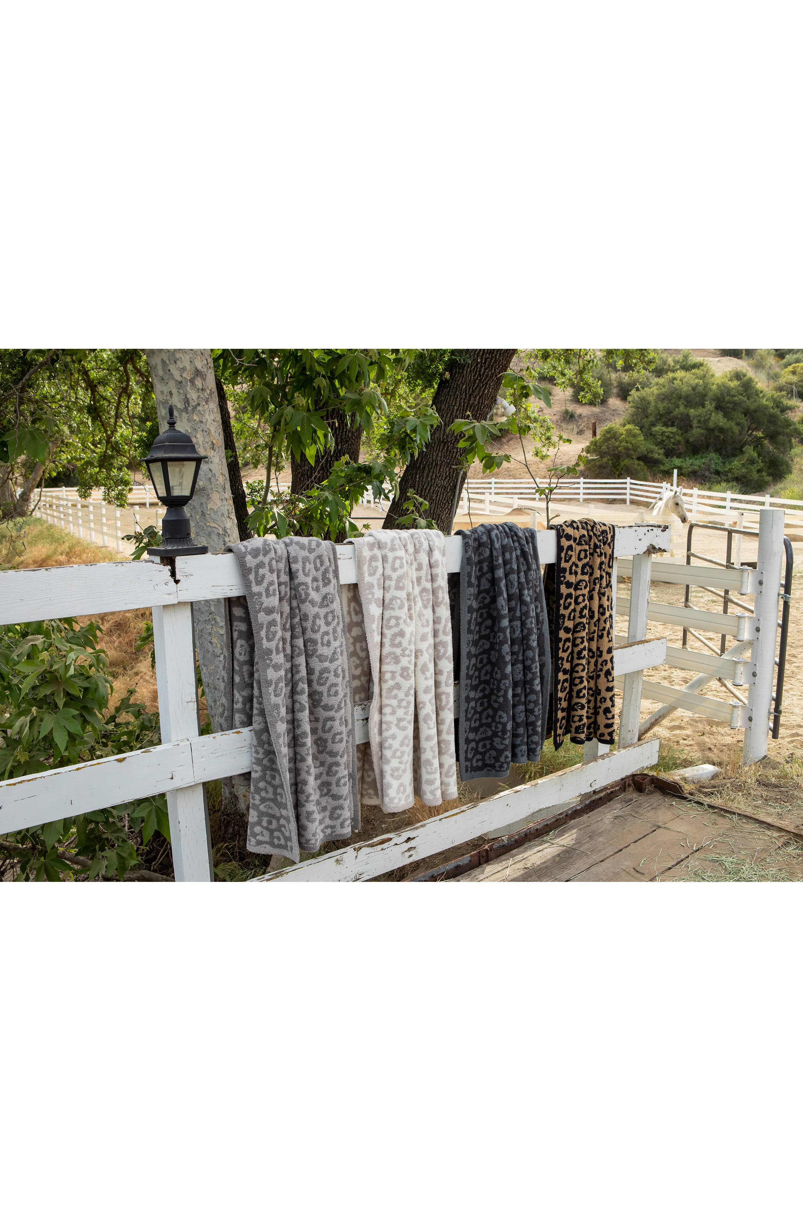 ,                             CozyChic 'In the Wild' Throw Blanket,                             Alternate thumbnail 4, color,                             GRAPHITE/ CARBON