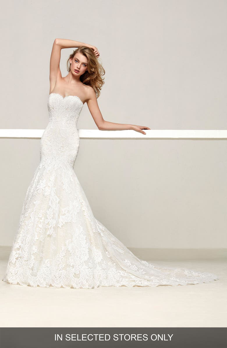 PRONOVIAS Druida Sweetheart Strapless Lace Mermaid Gown, Main, color, OFF WHITE