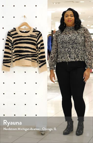 Tiger Stripe Shrunken Pullover Sweater, sales video thumbnail