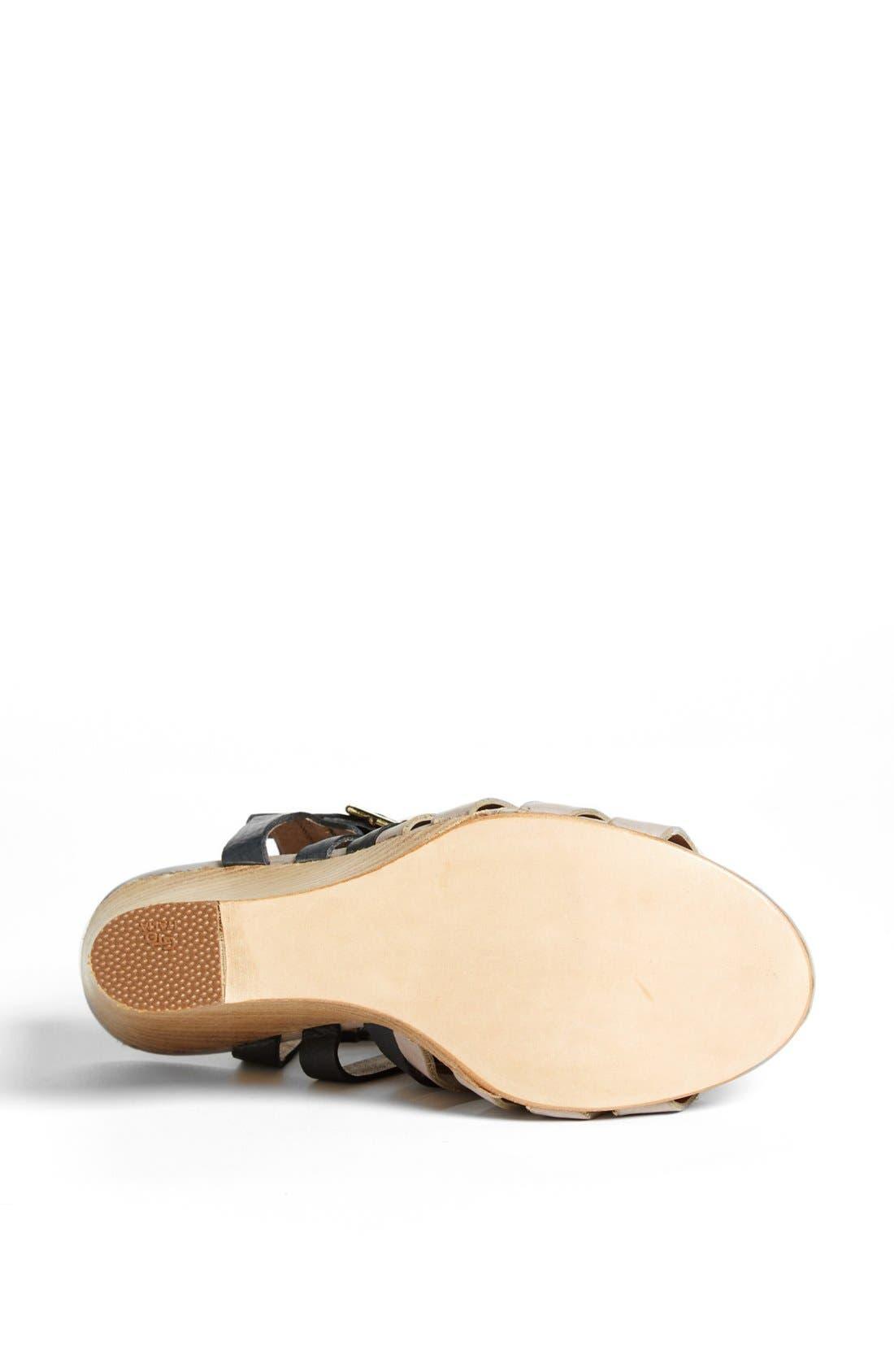 ,                             'Venis' Sandal,                             Alternate thumbnail 4, color,                             020