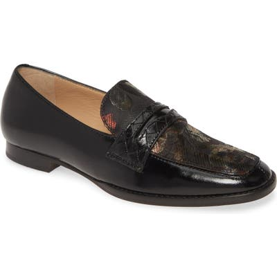 Johnston & Murphy Suzanna Penny Loafer, Black