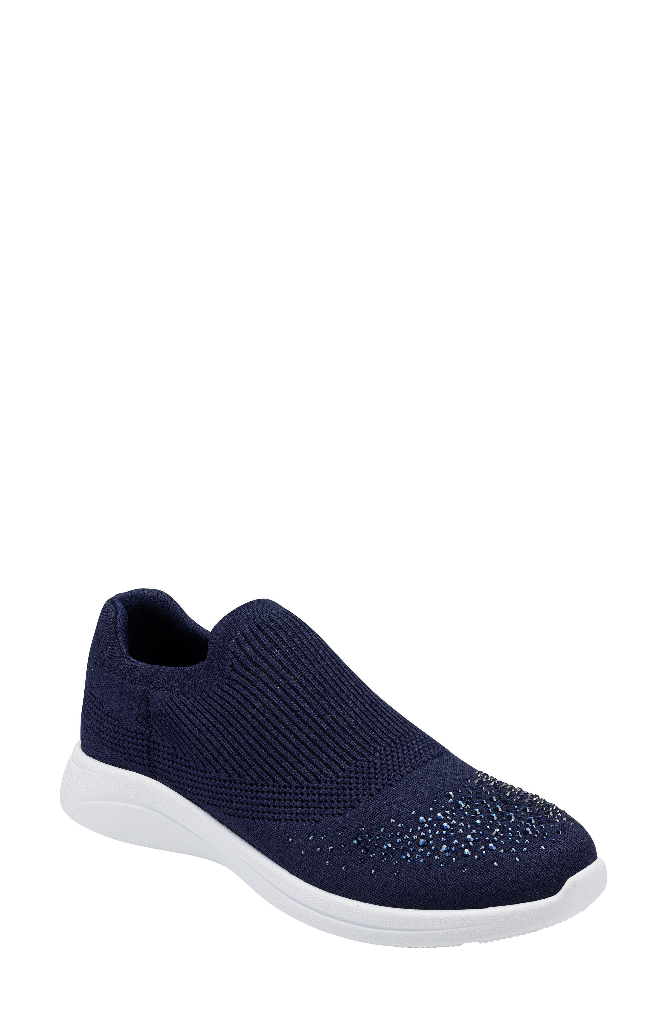 Nikki Sneaker