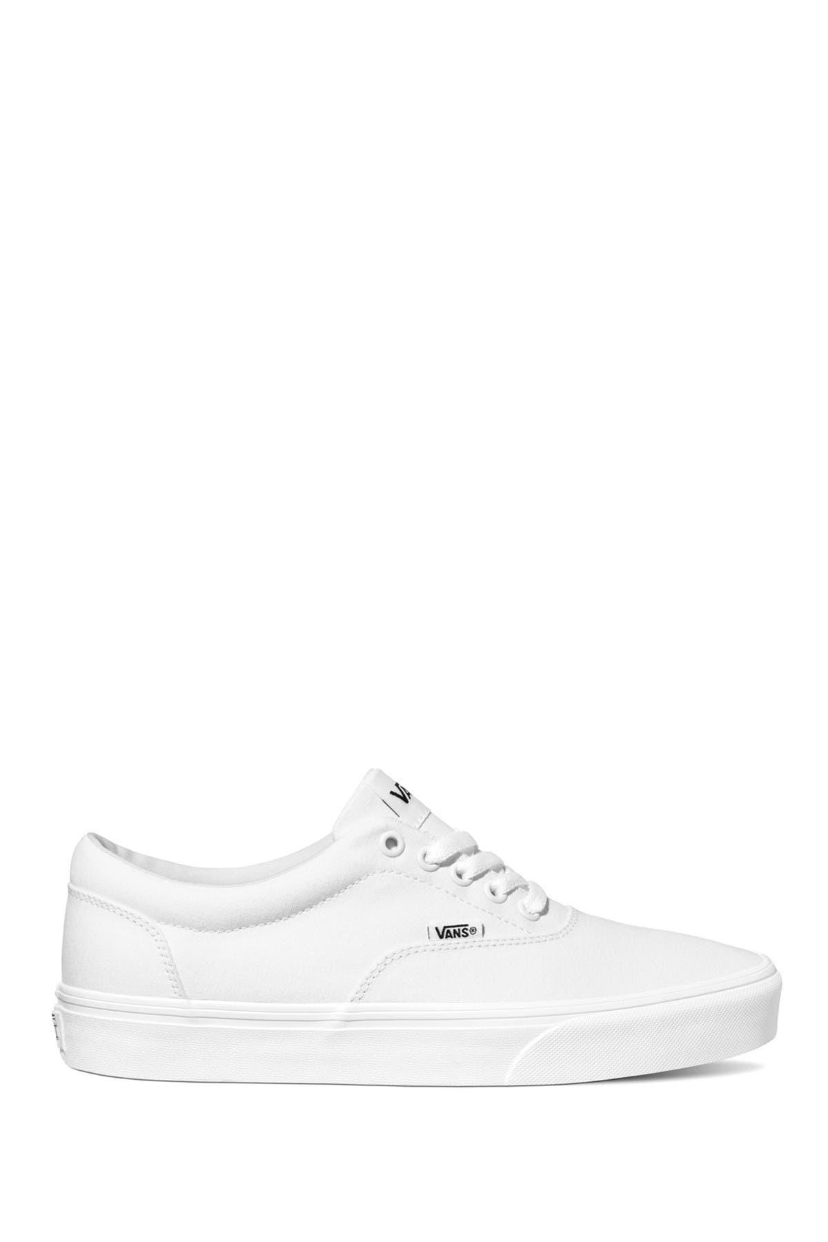 vans triple white