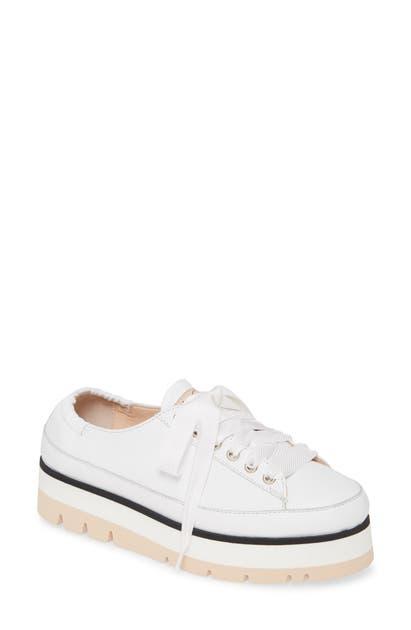 Agl Attilio Giusti Leombruni Platform Low Top Sneaker In Off White