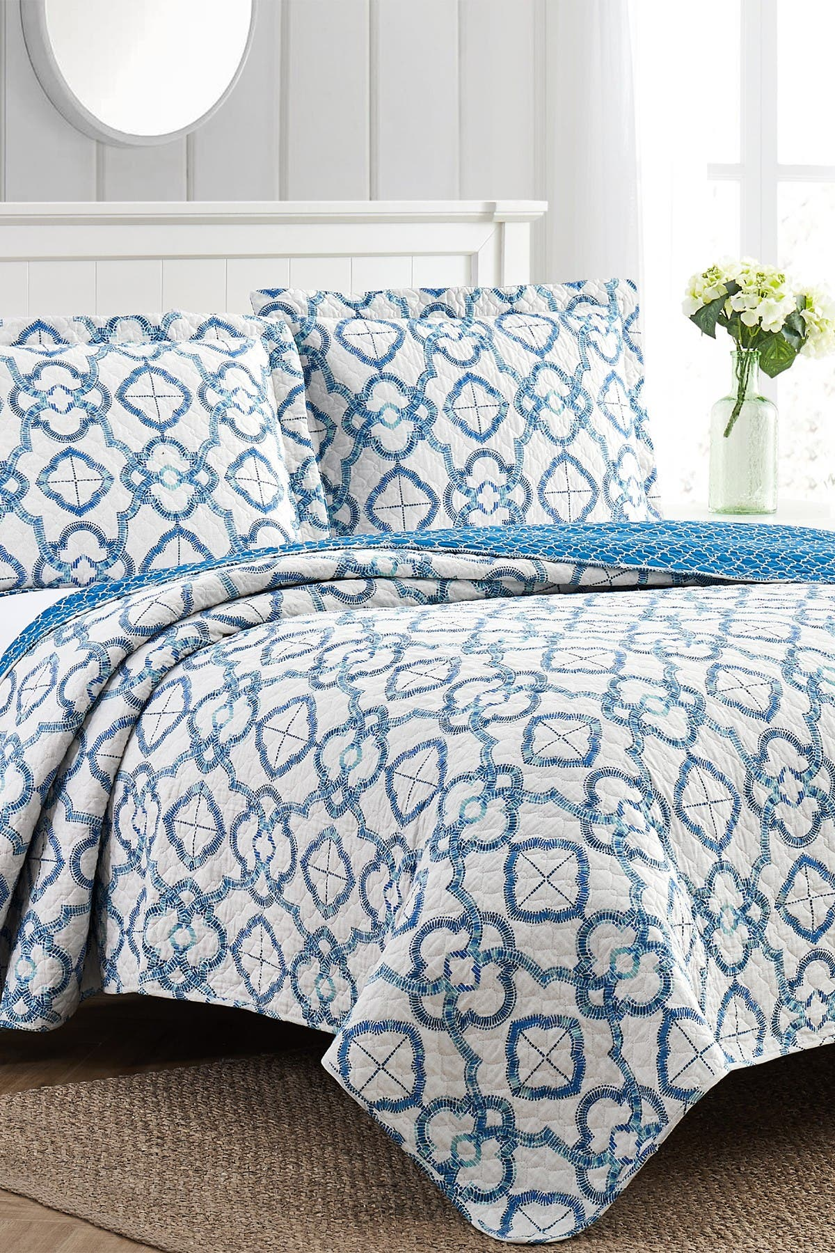 Image of Modern Threads 3-Piece Enzyme Washed Quilt Set Mosaic Lattice - Queen
