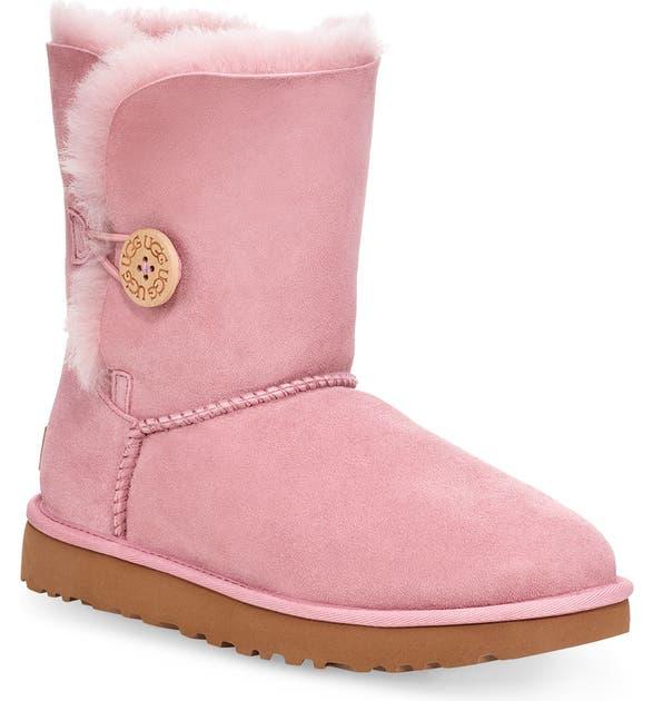 Ugg Flats Bailey Button II Boot