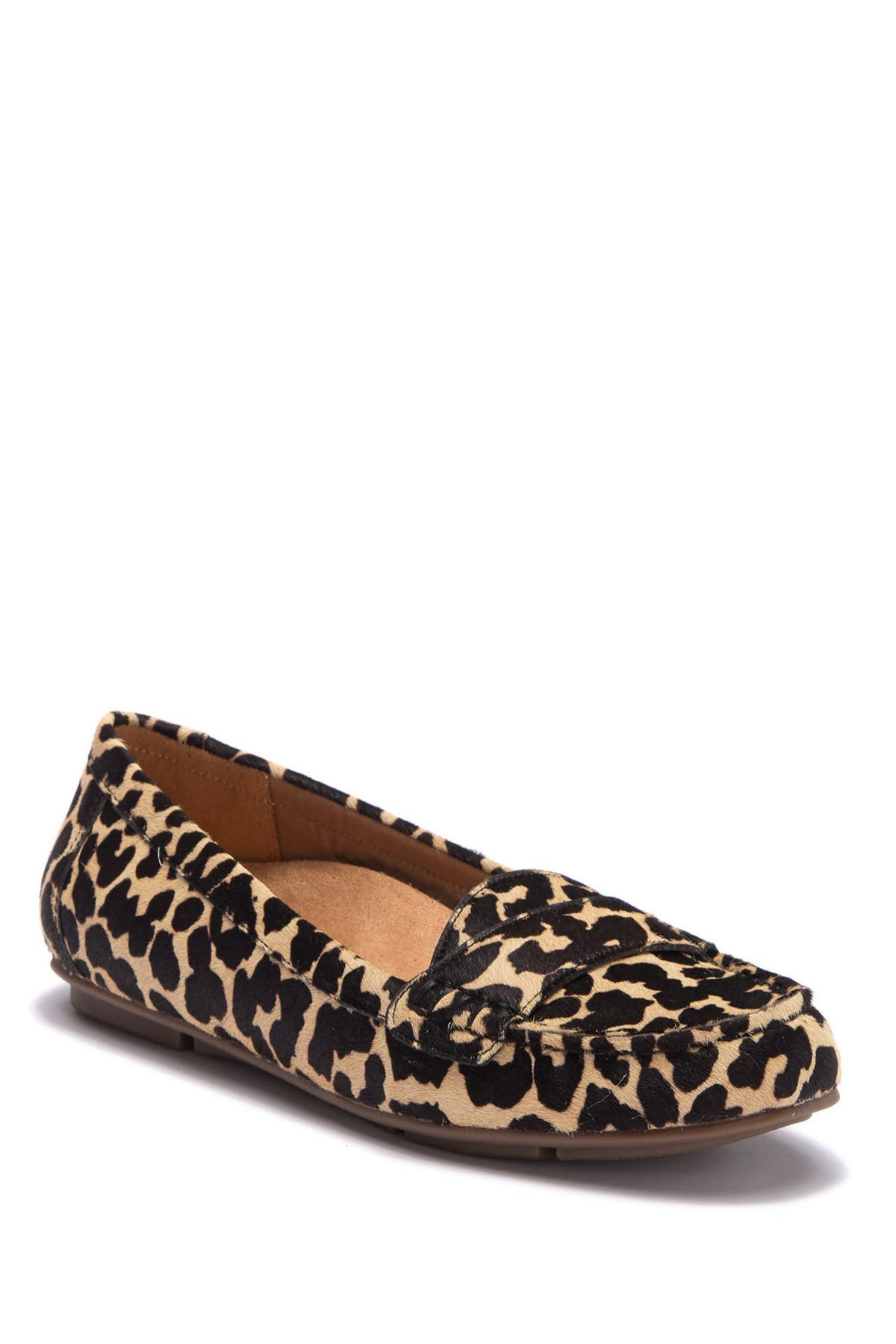 vionic larrun loafer leopard