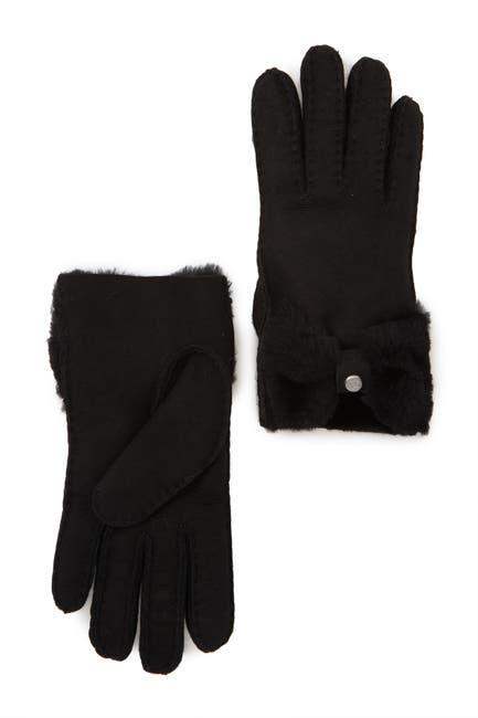Image of UGG Genuine Dyed Shearling Bow Shorty Gloves
