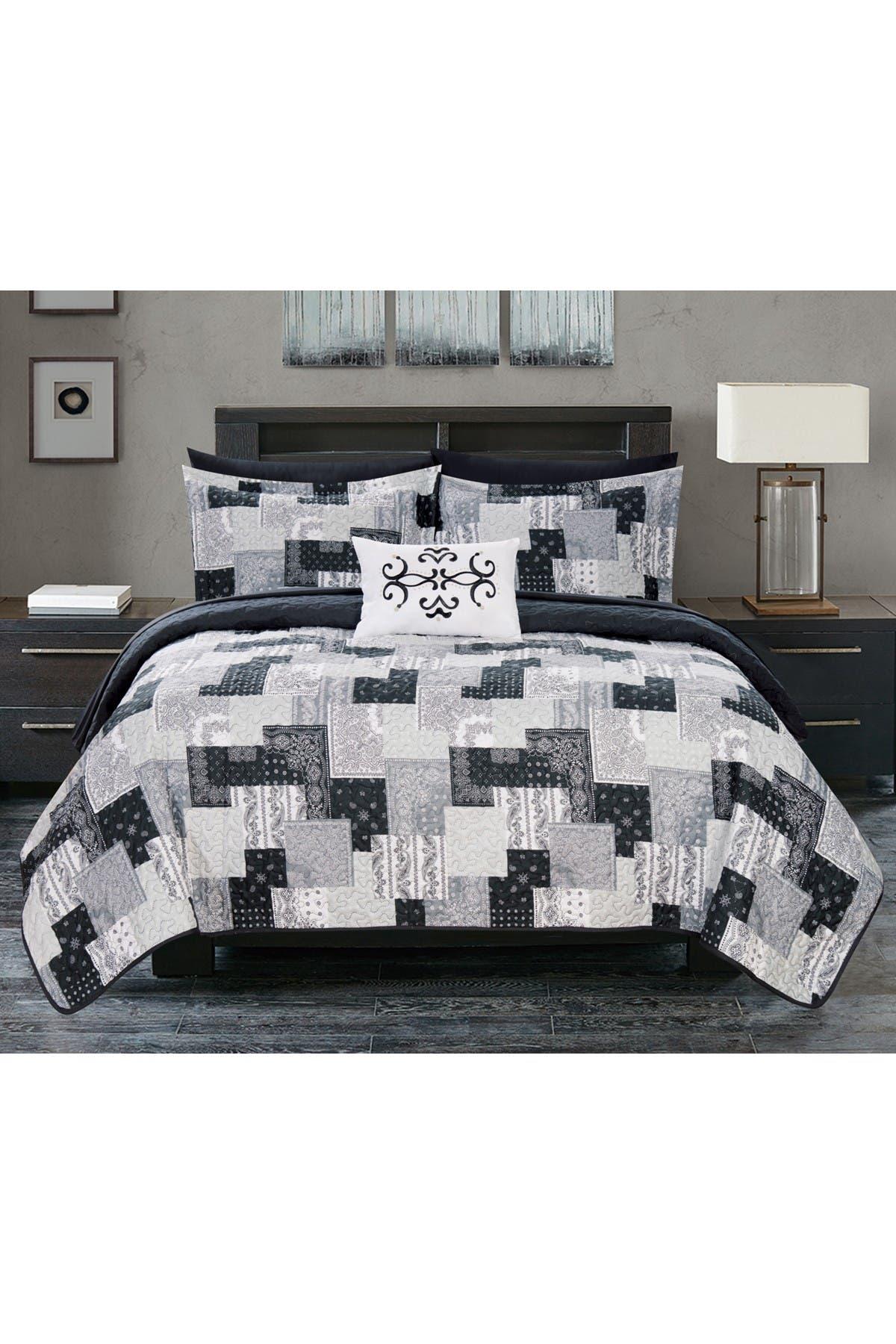 Image of Chic Home Bedding King Rafaela Reversible Bohemian Paisley Quilt Set - Black