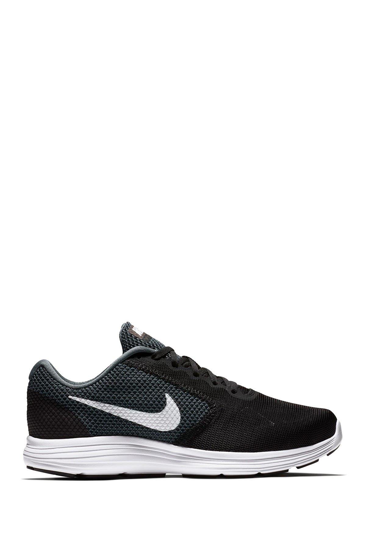 Nike   Revolution 3 4E Running Shoe