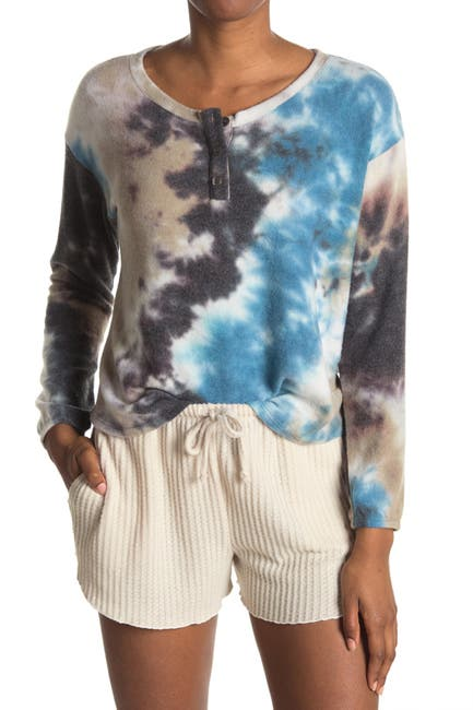 Image of Socialite Printed Scoop Neck Henley T-Shirt