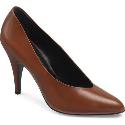 Gucci Blanca Pointy Toe Pump - Brown