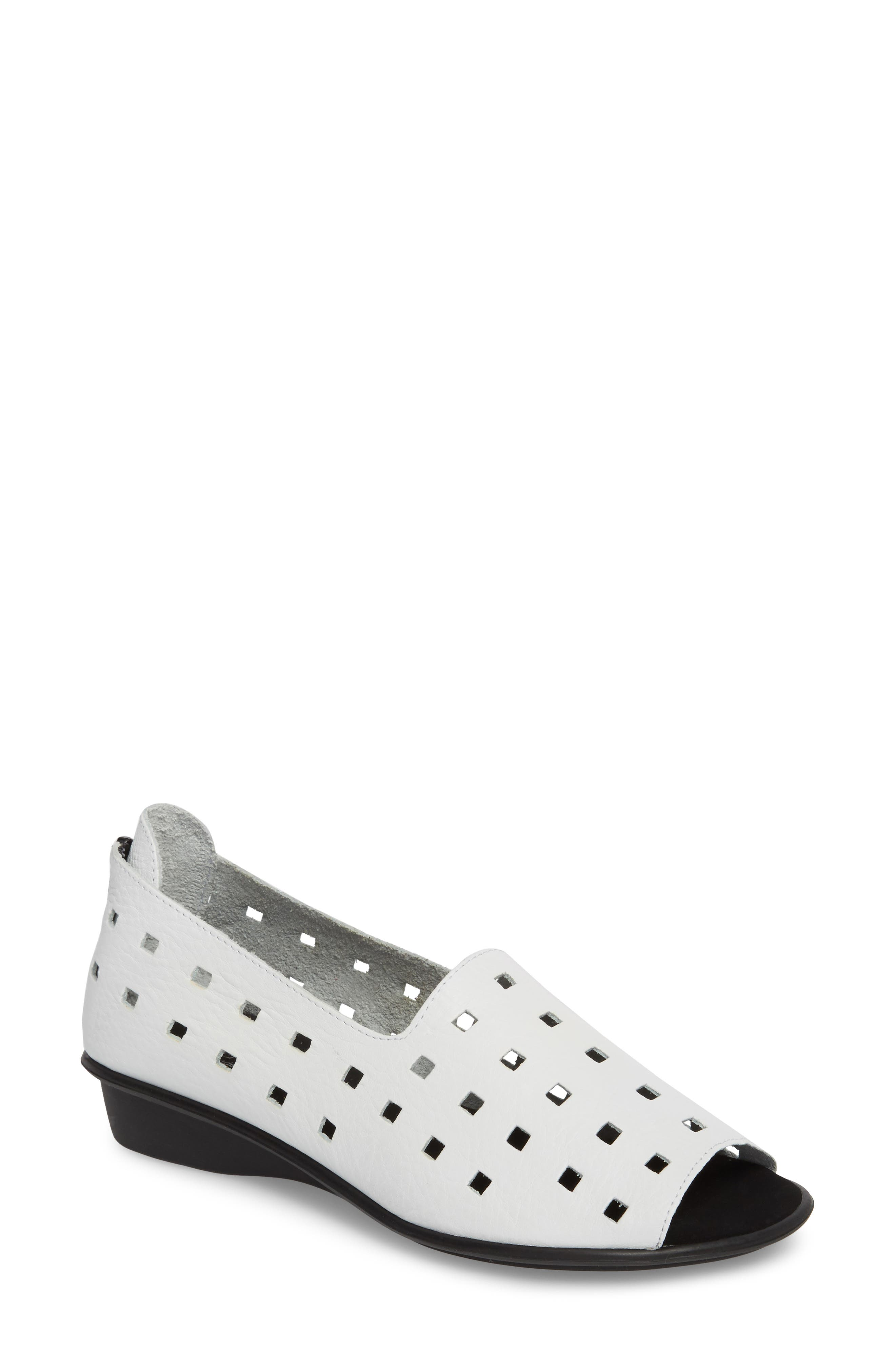 'Evonne' Cutout Open-Toe Flat, Main, color, WHITE LEATHER