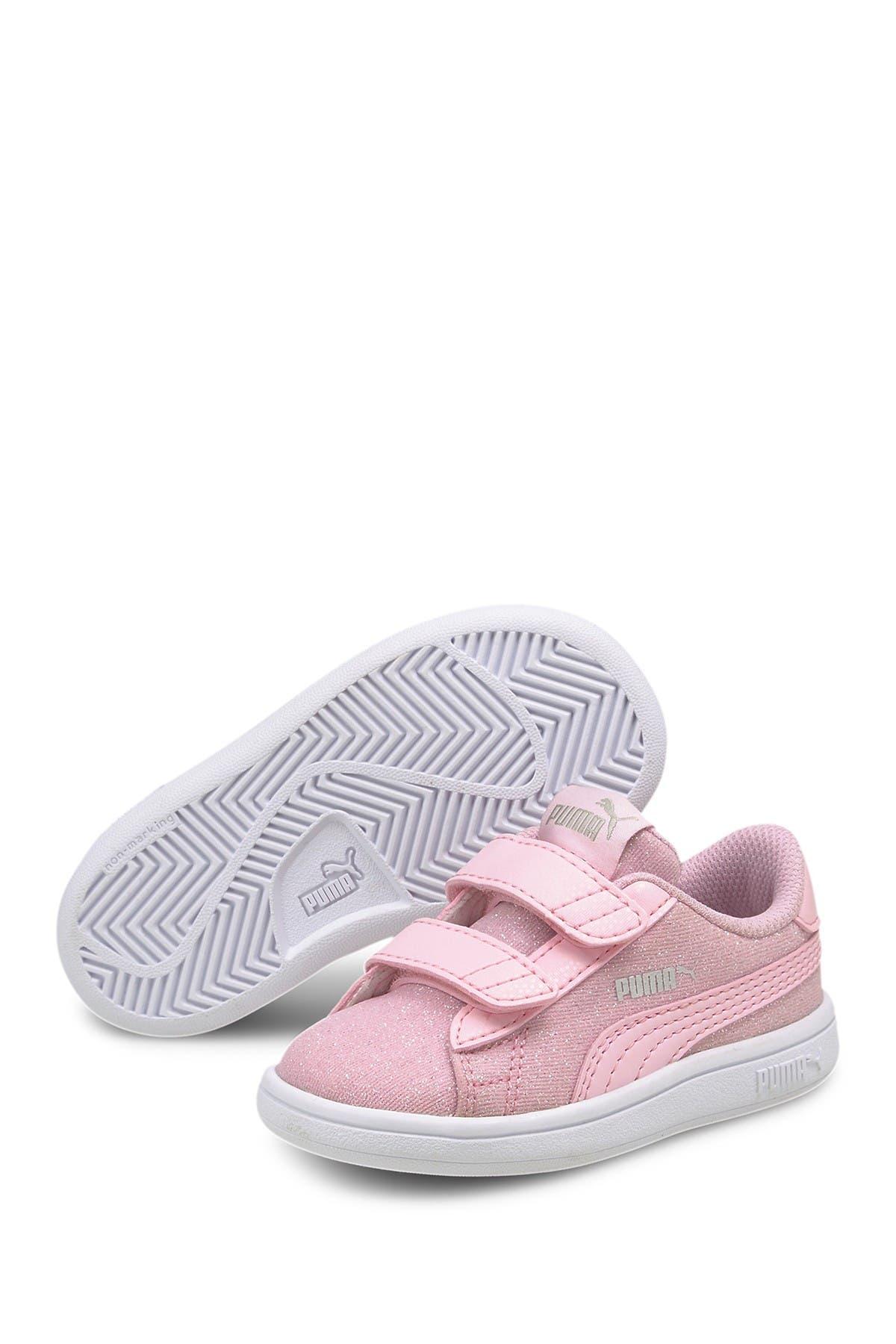 Image of PUMA Smash V2 Glitz Glam V Sneaker