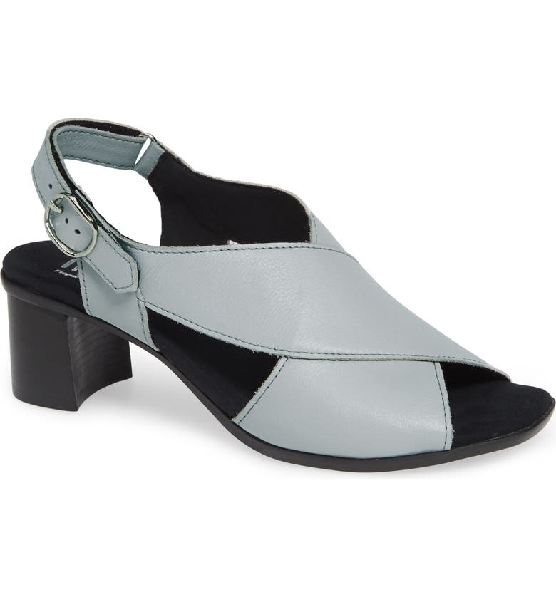 MUNRO Laine Block Heel Sandal, Main, color, WHITE LEATHER