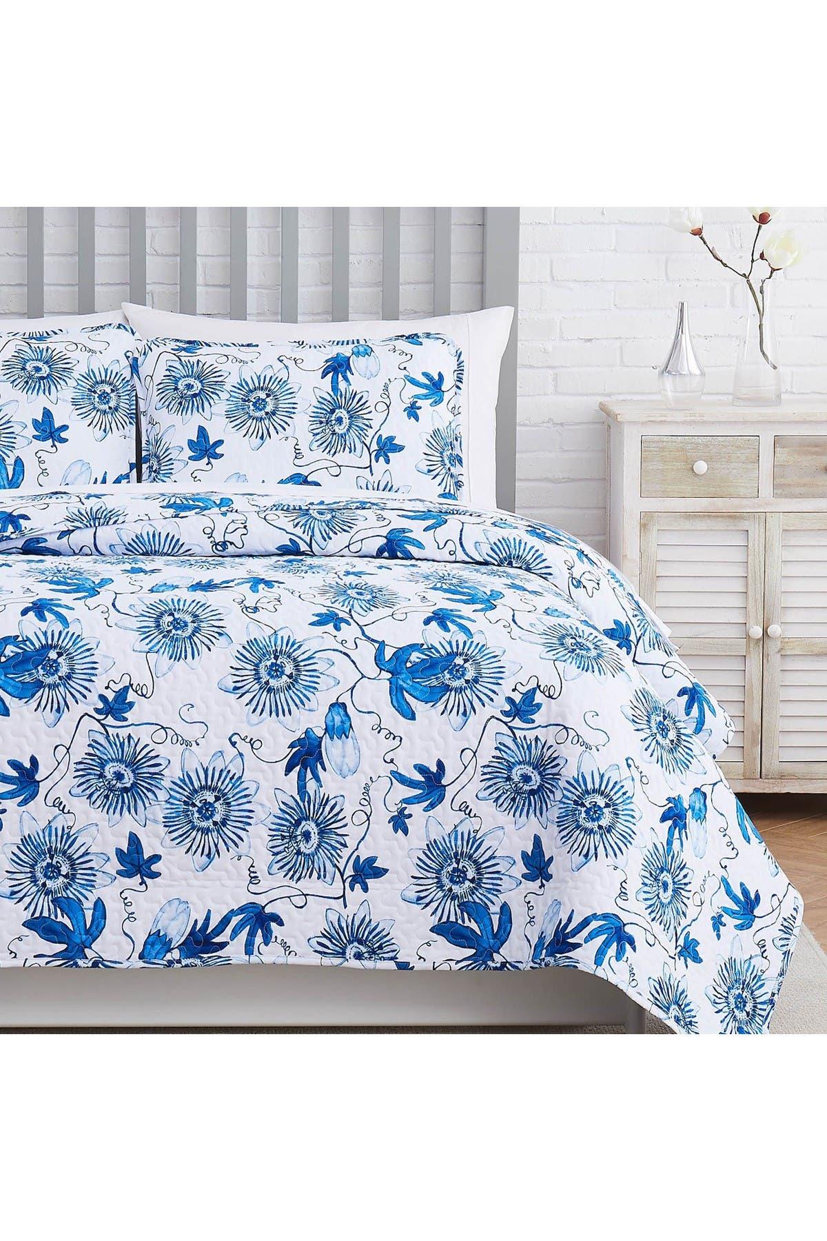 Image of SOUTHSHORE FINE LINENS Floral Joy Oversized Quilt Cover Set - Blue - King/California King