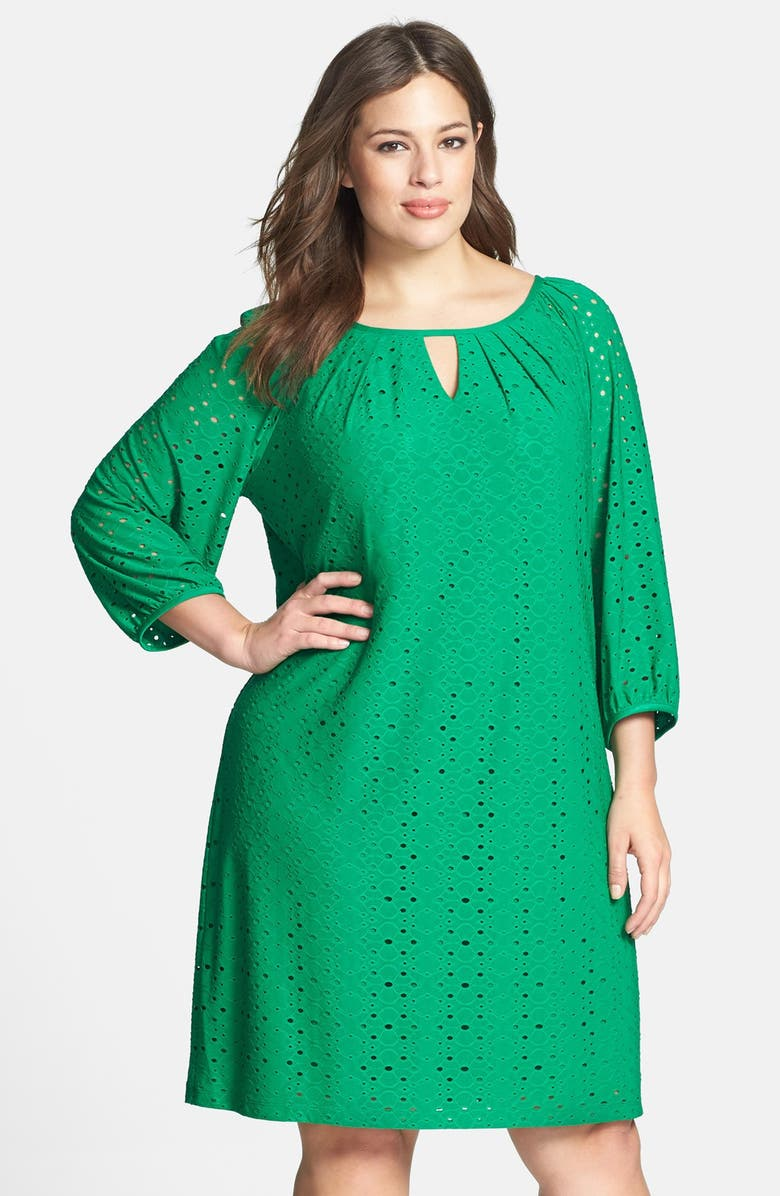 Keyhole Detail Eyelet Shift Dress