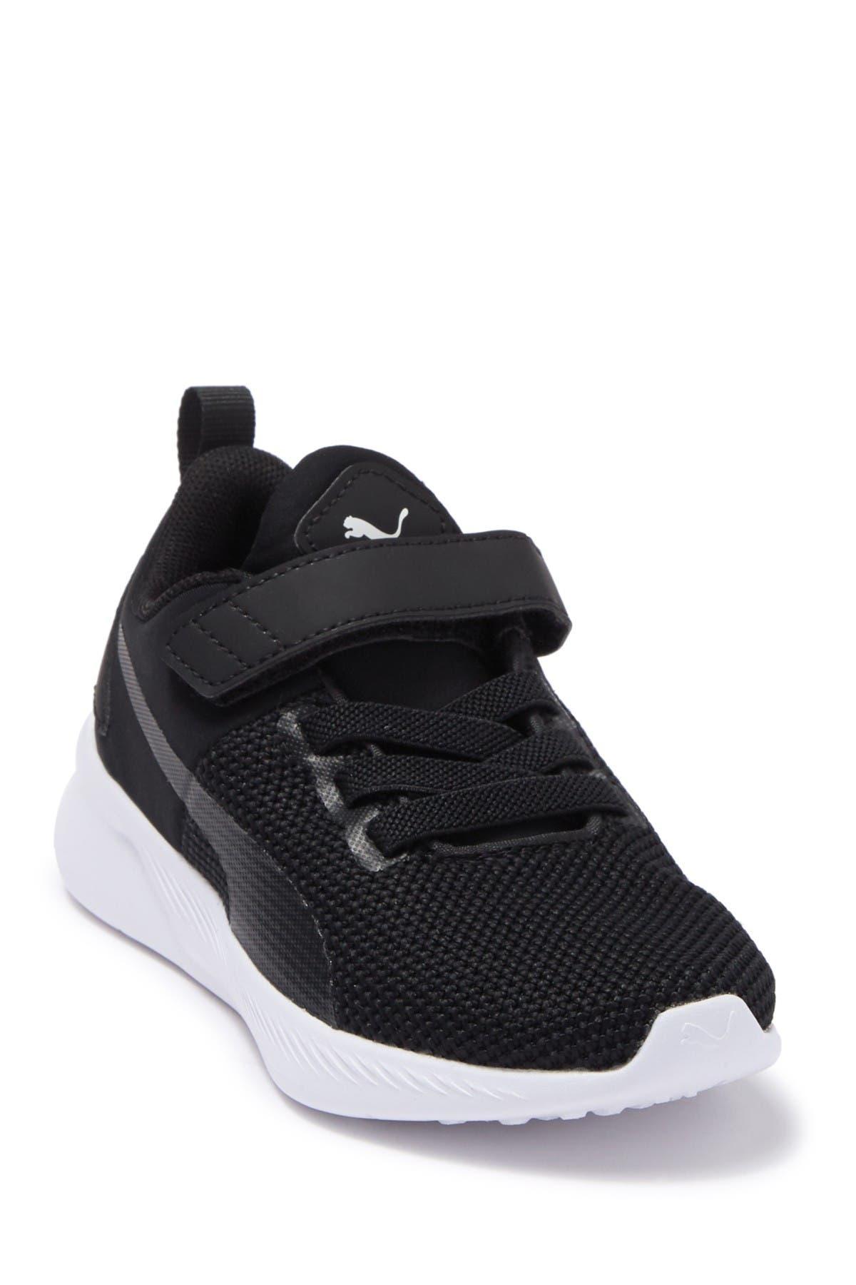 Image of PUMA Flyer Runner V PS Sneaker