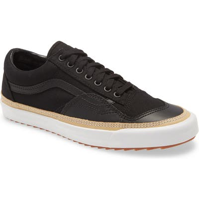 Vans Old Skool Overply Sneaker, Black