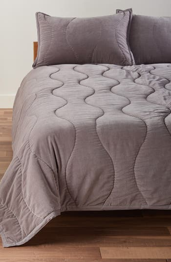 Nordstrom at Home Emerson Velvet Quilt