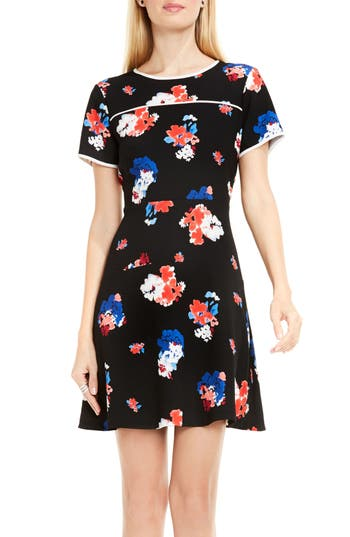 Vince Camuto Traveling Blooms Dress (Regular & Petite)