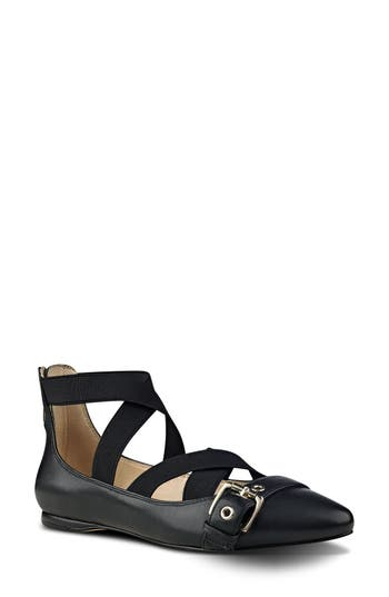 Nine West Smoak Strappy Flat (Women)