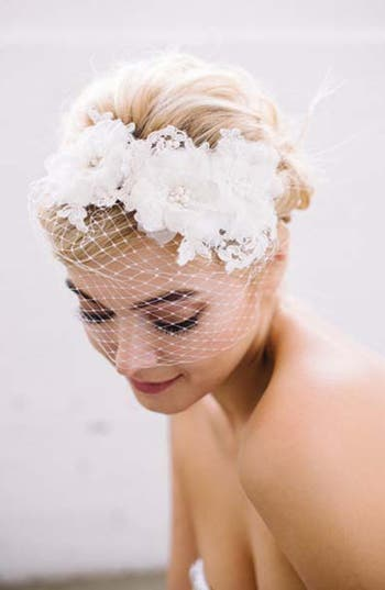 Sara Gabriel 'Cara' Embellished Blusher Veil Hair Ribbon