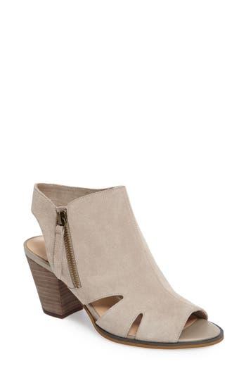 Bella Vita Kimmy Cutout Sandal (Women)