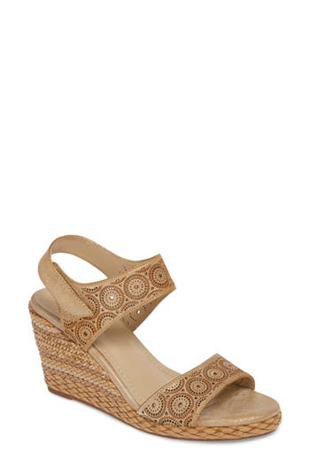 Johnston & Murphy Georgiana Wedge Sandal, Metallic