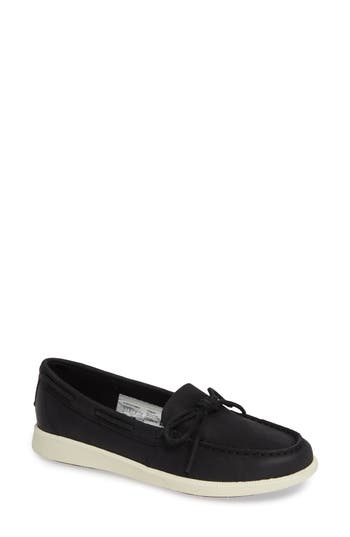 Oasis Canal Boat Shoe, Black Leather