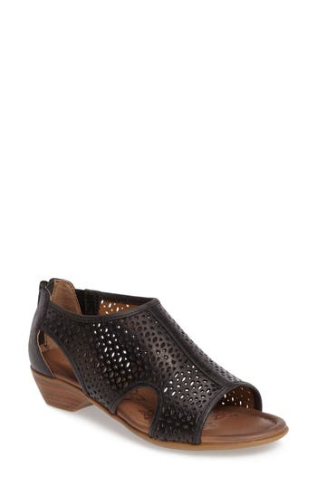 Comfortiva Rina Wedge Sandal
