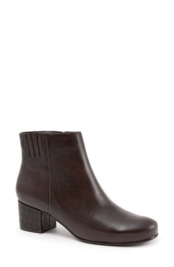 Trotters Shannon Bootie, Brown