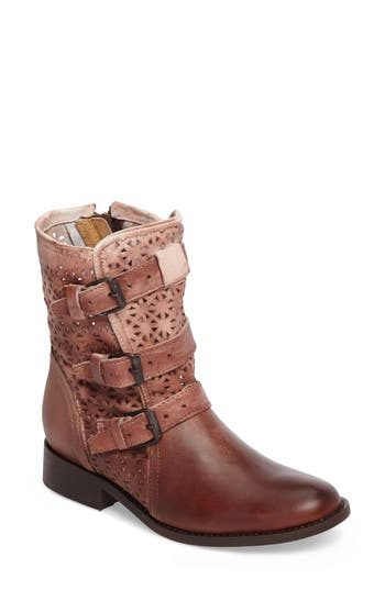 Sbicca Annex Bootie, Brown