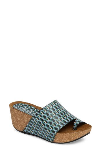 Women's Donald J Pliner Ginie Platform Wedge Sandal, Size 6 M - Blue