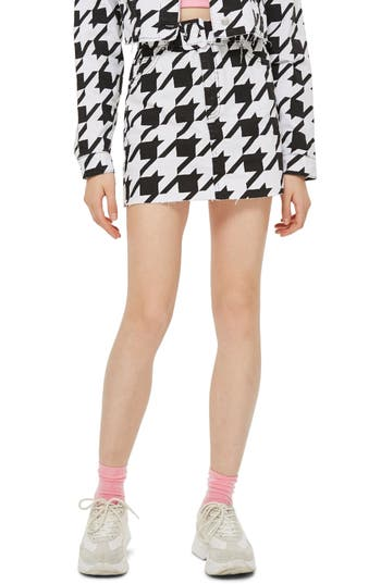 Topshop Dogstooth Denim Skirt, US (fits like 0) - Black