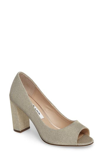 Women's Nina Farlyn Peep Toe Pump