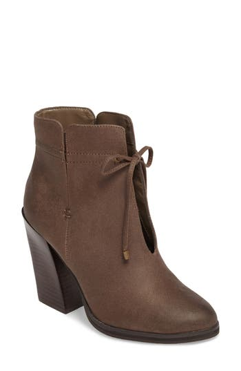 Sbicca Chick Flick Bootie, Brown