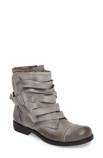 Women's Chocolat Blu Dwight Strappy Boot, Size 6US / 36EU - Grey