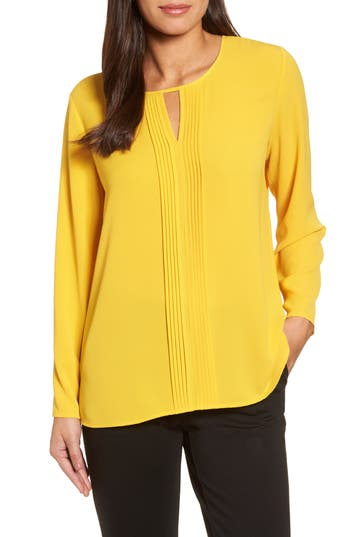 Women's Chaus Pintuck Front Blouse, Size Small - Yellow
