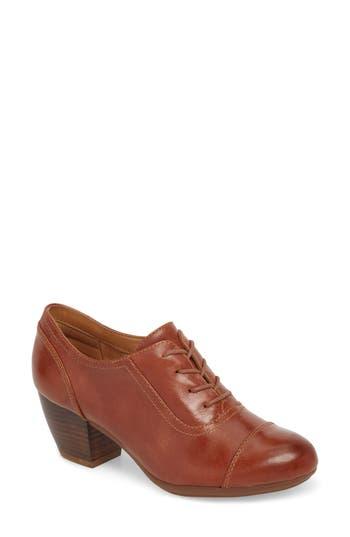 1940s Style Shoes, 40s Shoes Womens Comfortiva Angelique Pump Size 8 W - Brown $99.95 AT vintagedancer.com