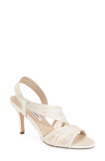 Women's Nina 'Vitalia' Sandal, Size 5.5 M - Ivory