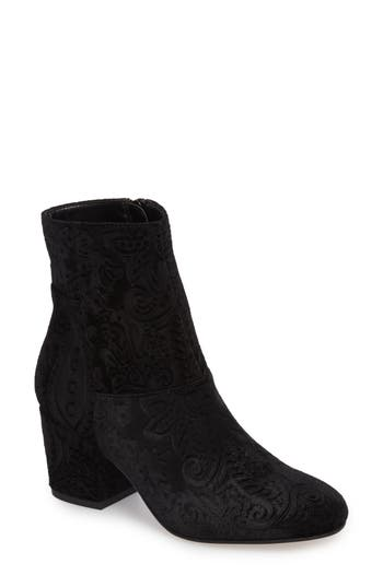 Sole Society Dinal Bootie, Black