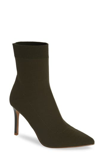 Claire Bootie, Olive