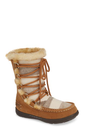 Woolrich Lace Up Bootie, Brown